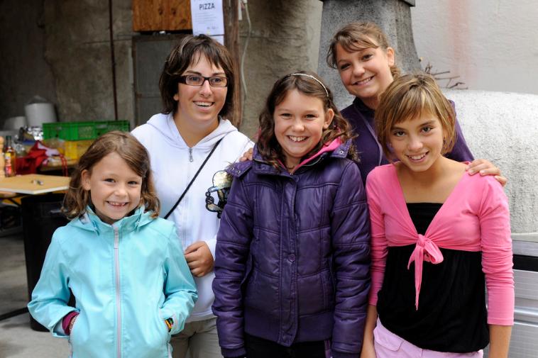 Lara, Sabrina, Tatiana, Anouchka et Lorena